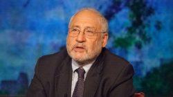 Joseph Stiglitz – Η Γερμανία προσπαθεί να συντρίψει την Ελλάδα